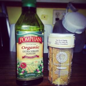 Extra Virgin Olive Oil and Garlic Seasoning